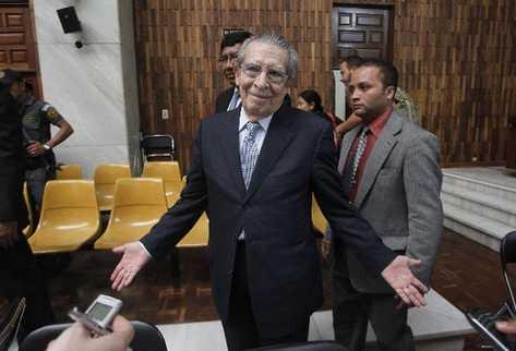 José Efraín Ríos Montt, durante el juicio en el que se le impuso  pena de 80 años de prisión por genocidio y delitos contra deberes de humanidad.