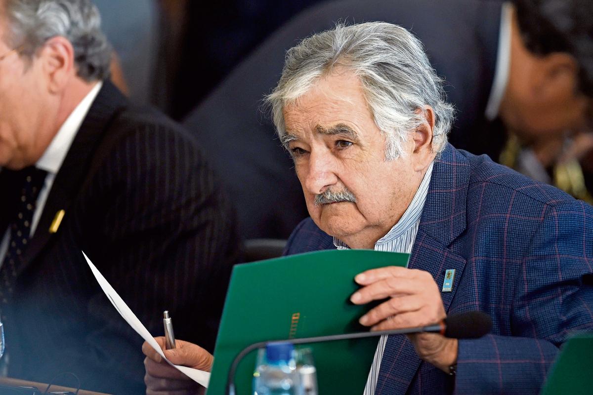 Mujica declaró patrimonio de unos US$300 mil al dejar la presidencia