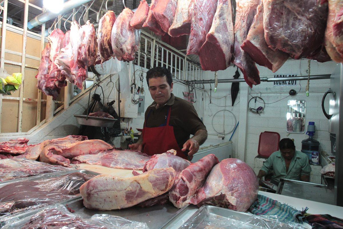 Consumidores pagaron este fin de semana hasta Q36 por una libra de carne; eso es elevado, tomando en cuenta que ese precio se aplica a cortes populares.