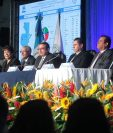 Magistrados revelan los primeros datos que declaran ganador al candidato Jimmy Morales del partido FCN-Nación. (Foto Prensa Libre: Álvaro Interiano)