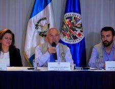 Como pacíficas y exitosas calificó la jornada electoral la misión de observación de la OEA. (Foto Prensa Libre:Edwin Bercian)