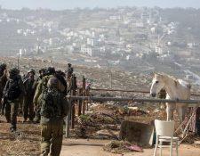 El hecho ocurrió en la colonia judía de Tekoa, en el sur del territorio ocupado de Cisjordania, informó el Ejército israelí. (Foto Prensa Libre: AFP).