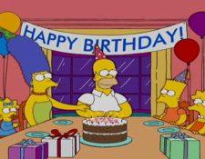 Homero es uno de los personajes más conocidos de la serie Los Simpson y está de cumpleaños.