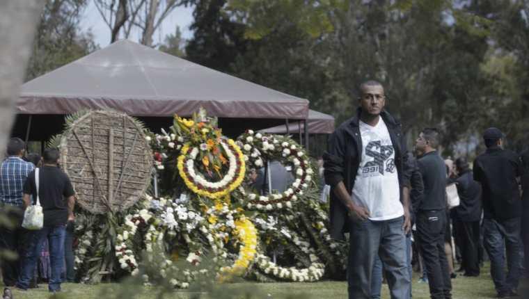 Sepelio del Capitán Byron Lima, muerto a balazos el lunes pasado. (Foto Prensa Libre: Hemeroteca PL)