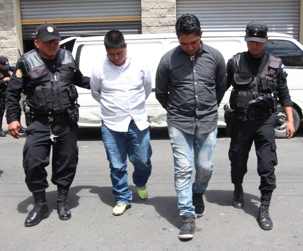 PNC intercepta a ladrones en panel recién robada