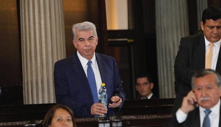 Luis Rabbé Tejada salió del país el 16 de agosto en el 2016, dos días antes de perder la inmunidad como diputado al Congreso. (Foto Prensa Libre: HemerotecaPL)