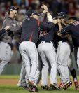 Los Indios de Cleveland barrieron con los Red Sox y avanzan en la Liga Americana. (Foto Prensa Libre: AFP)