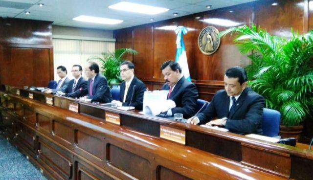 La Junta Monetaria decidió fijar en 3% la tasa de interés líder en política monetaria. (Foto Prensa Libre: Urías Gamarro)