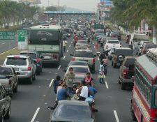 La autopista Palín-Escuintla tendrá alta demanda a partir del Miércoles Santo. (Foto Prensa Libre: Hemeroteca PL)