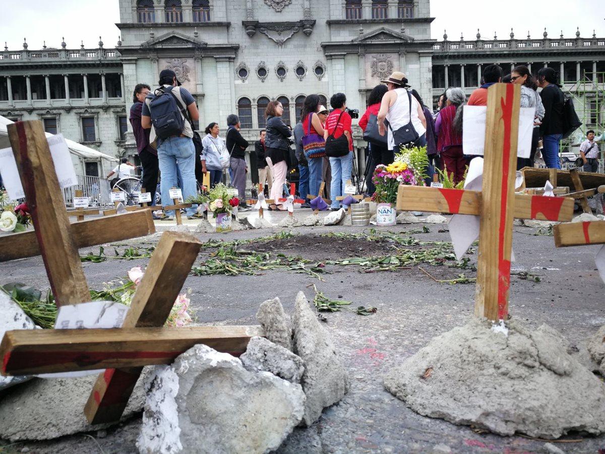 La campaña recordará la tragedia en el Hogar Seguro para evidenciar la situación de  vulnerabilidad en que vive la niñez en Guatemala.  (Foto Prensa Libre: Hemeroteca PL)