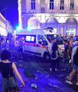 El pánico se apoderó de los aficionados en la plaza de Turín. (Foto Prensa Libre: AP)