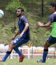 Edi Danilo Guerra, de Cobán Imperial, confía aportar con goles en el partido contra Municipal. (Foto Prensa Libre: Eduardo Sam).
