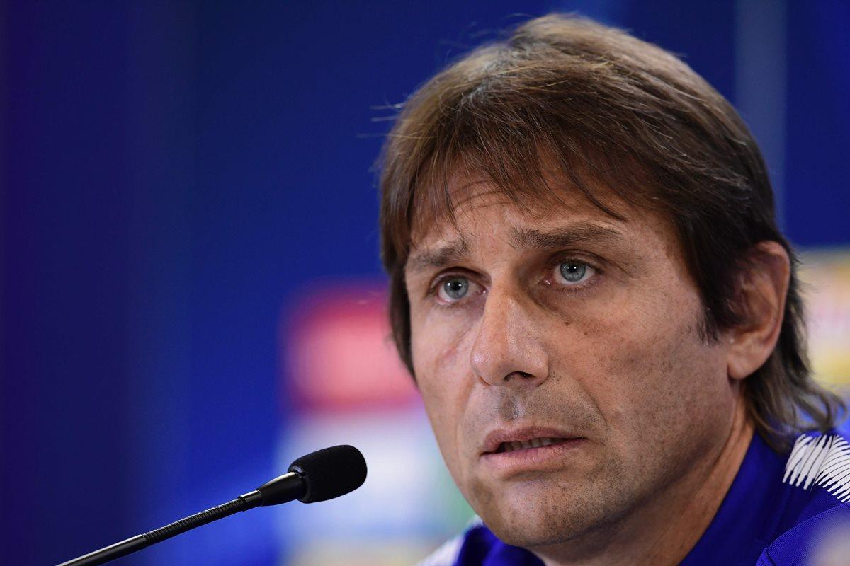 Antonio Conte, entrenador del Chelsea, dedicó una serie de numerosos elogios al Atlético de Madrid, su rival en la Liga de Campeones. (Foto Prensa Libre: AFP)