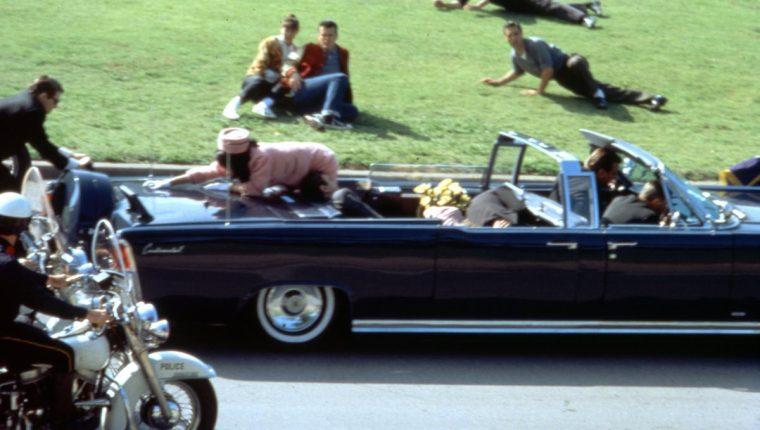 JFK - El atentado que prueba la evidente y descarada manipulación hacia la Humanidad