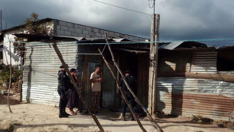Cristian Emanuel Caal Coy murió baleado en la puerta de su casa, en la colonia Buena Vista sector norte, zona 7 de Chimaltenango. (Foto Prensa Libre:)