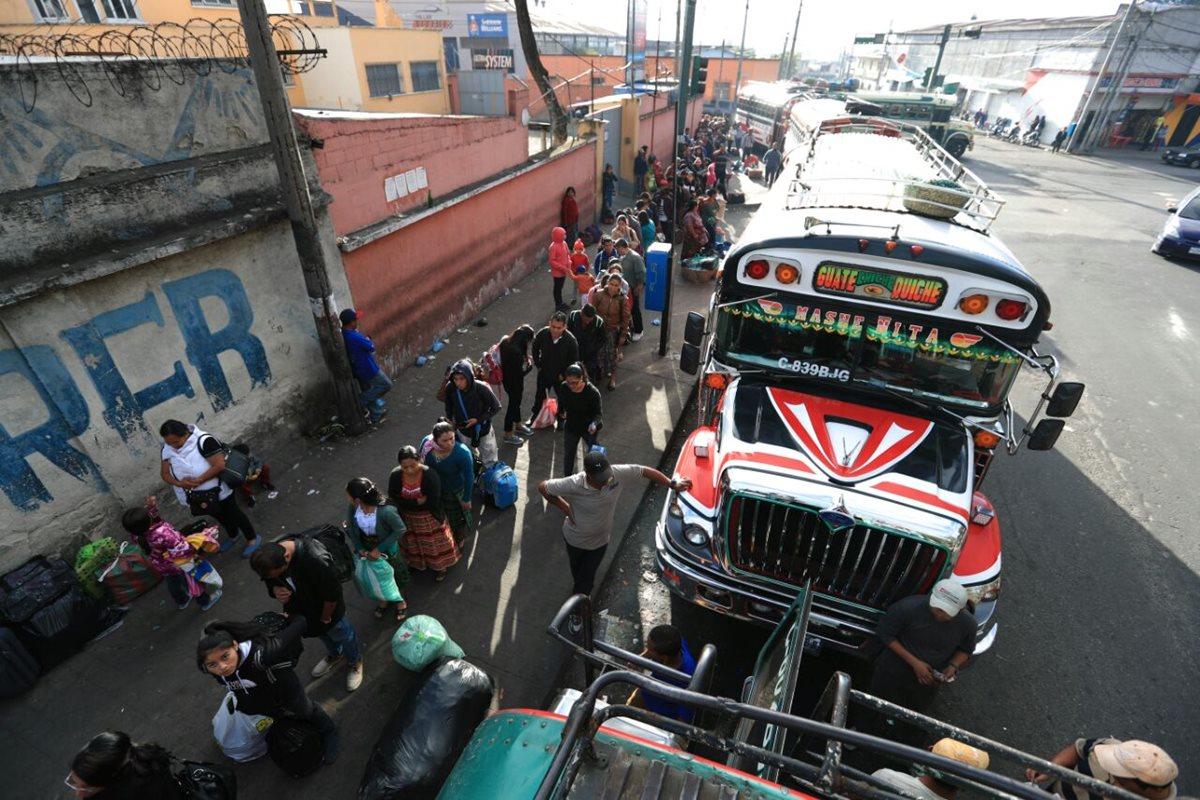 Incrementa demanda de servicio de transporte extraurbano
