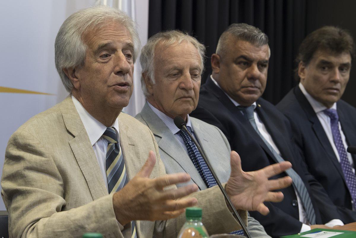 Uruguay, Argentina y Paraguay quieren afianzar su candidatura para ser sede del mundial de 2030. (Foto Prensa Libre: AFP)