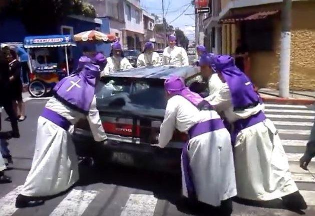 La temporada de procesiones en el Centro Histórico ha comenzado. (Foto Hemeroteca PL)