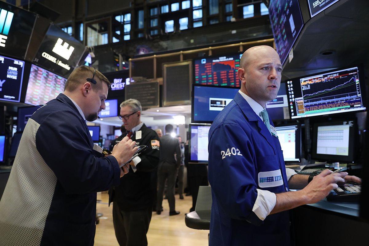 Wall Street se recupera después de una jornada de pánico