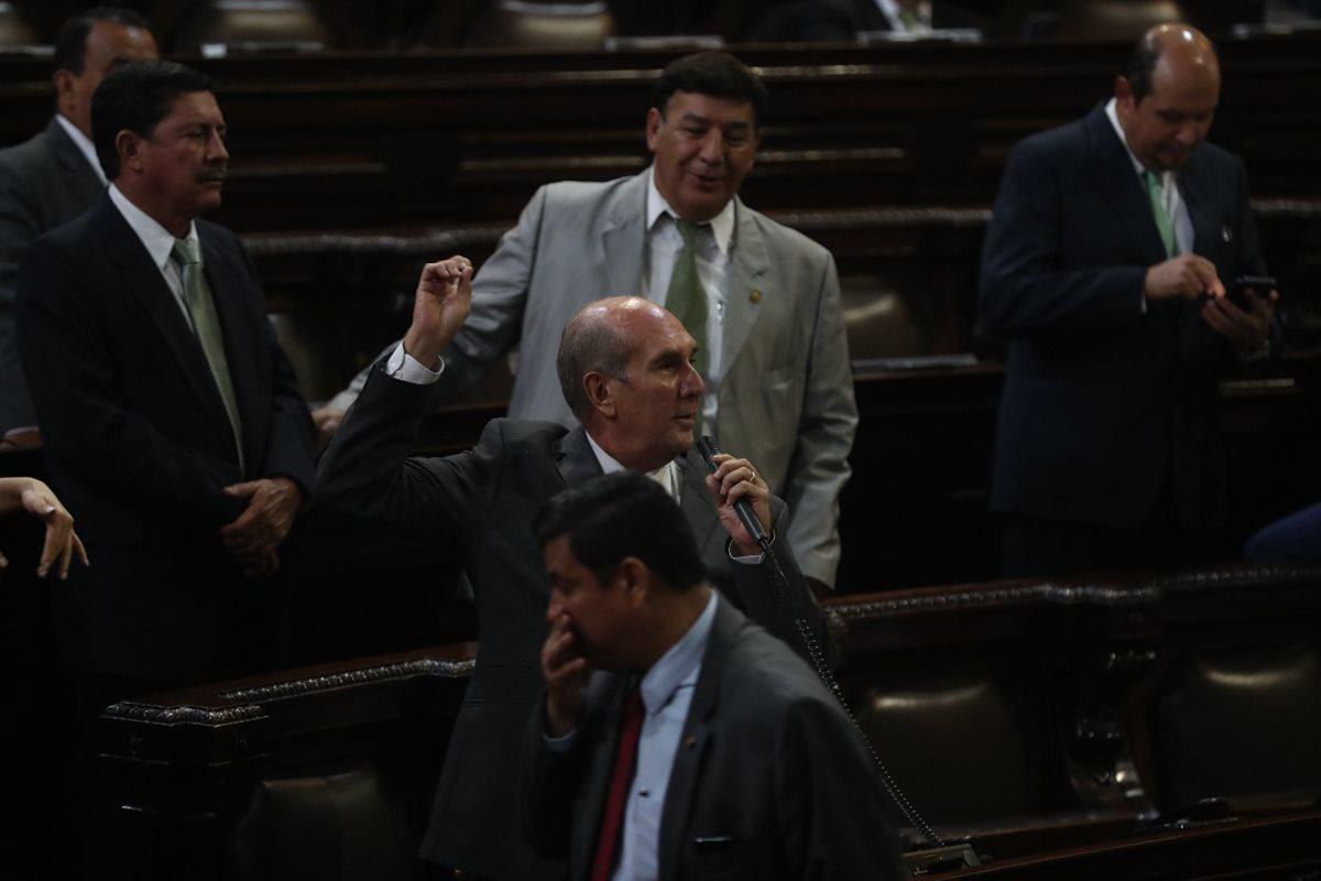 Suspensión Fedefut Mario Taracena pide compromiso de los congresistas para modificar Ley del Deporte