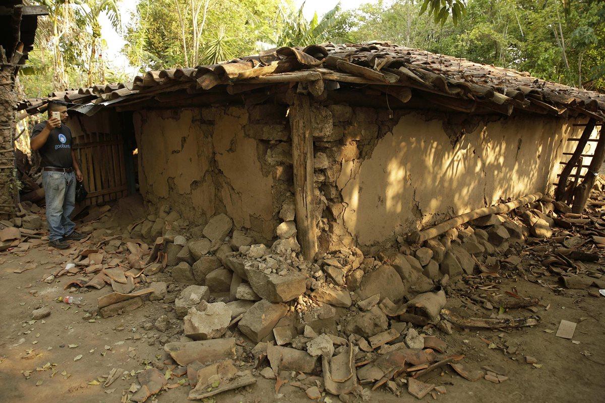 Enjambre sísmico en El Salvador deja11 viviendas destruidas y 200 tienen daños