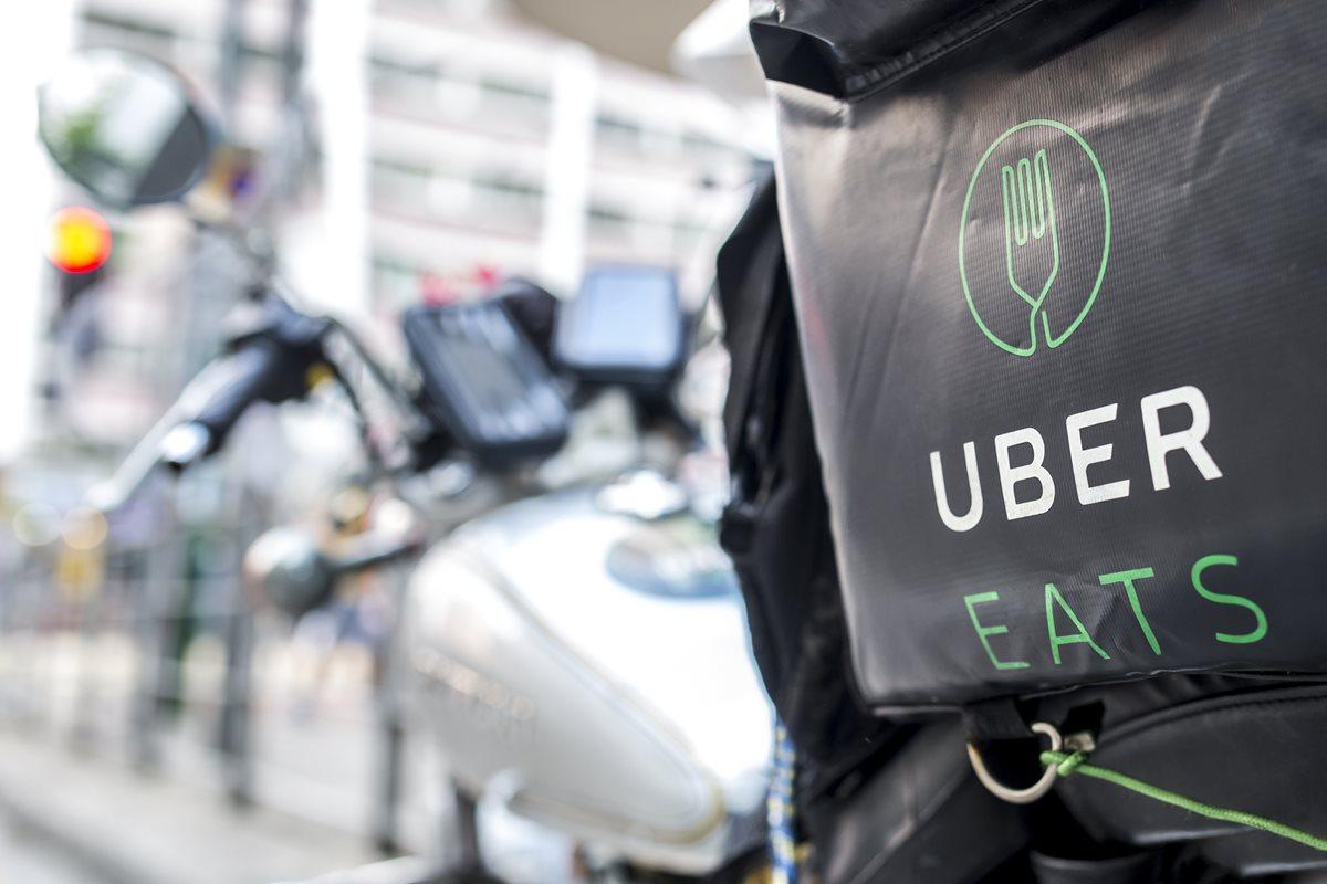 Uber Eats tiene 100 restaurantes asociados en Guatemala y está activo desde el 28 de junio de 2018. (Foto Prensa Libre: Shutterstock)