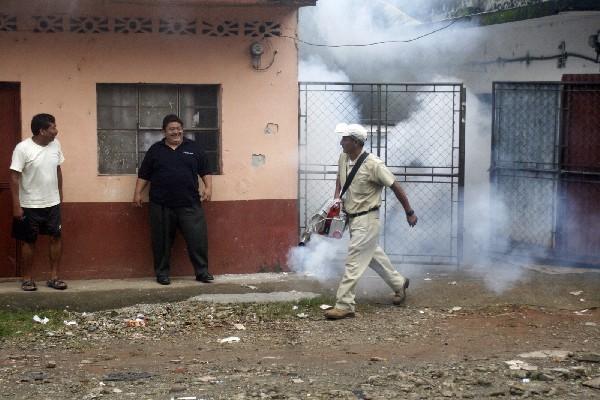 Aumentan casos de dengue en Quetzaltenango y activan alerta epidemiológica