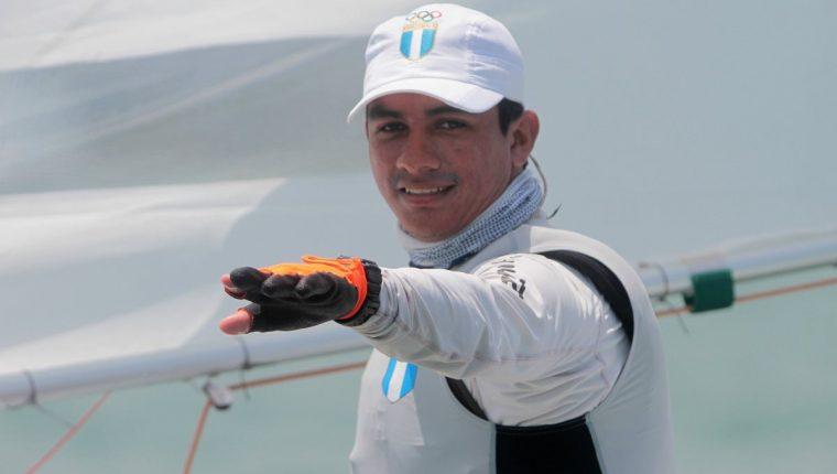 El velerista nacional David Hernández, durante la jornada de este martes. (Foto Prensa Libre: Cortesía COG)