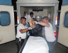 De acuerdo con personal médico, los tres hermanos quedaron internados en el Hospital Modular de Chiquimula. (Foto Prensa Libre: Mario Morales)