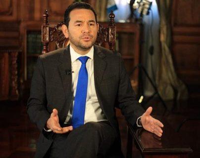 Antejuicios contra Jimmy Morales y Nineth Montenegro se retrasan