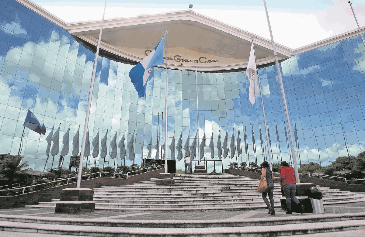 El proceso para integrar la Comisión de Postulación para Contralor General de Cuentas va atrasado, se espera que el sustituto de Carlos Mencos sea nombrado a final de año. (Foto Prensa Libre: Hemeroteca PL)