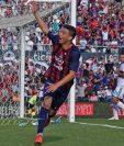 Fernando Ovelar celebra después de anotar su primer gol en el clásico paraguayo, el jugador más joven que mete un gol en el clásico entre Olimpia y Cerro Porteño. (Foto Prensa Libre: Cerro Porteño)