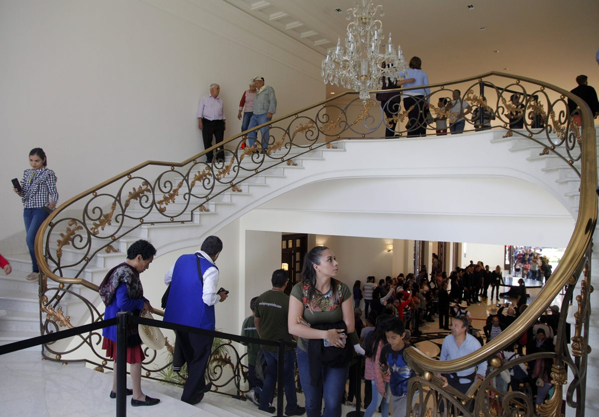 Uno de los pasillo de la casa. (Foto Prensa Libre: AFP)