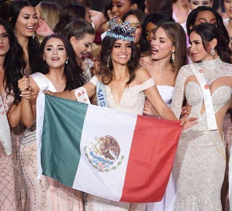 La destacada participación y conciencia social al migrante contribuyeron a llevar a la mexicana Ponce de León a obtener la corona Miss Mundo 2018. (Foto Prensa Libre: AFP)