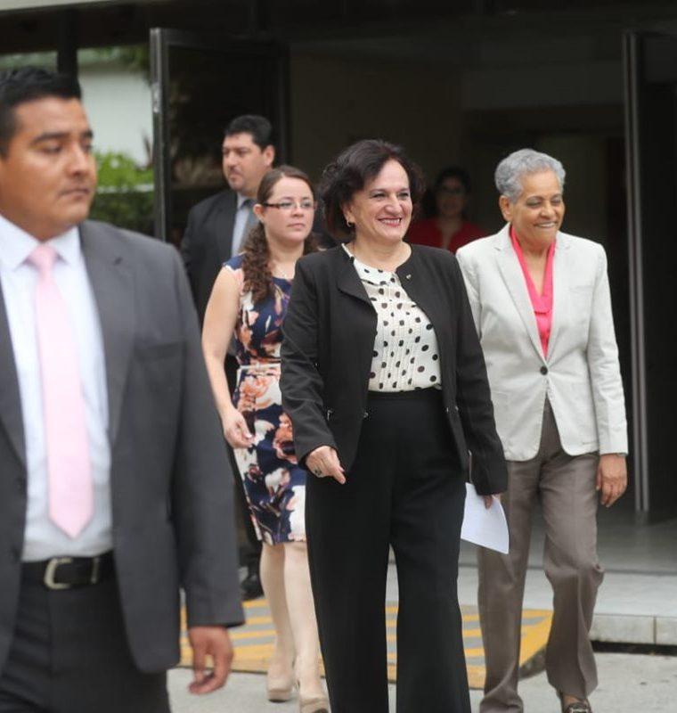 La titular de la PGN se limitó a no dar detalles sobre el contenido del informe sobre la Cicig. (Foto Prensa Libre: Érick Ávila)
