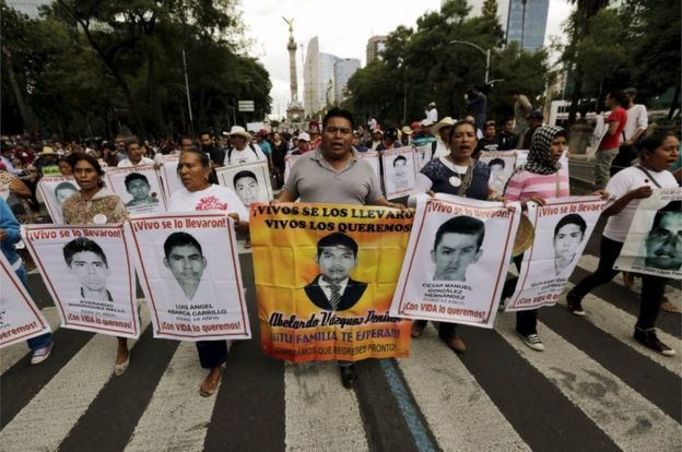 La desaparición de los 43 estudiantes ha provocado protestas masivas desde hace más de 4 años. REUTERS