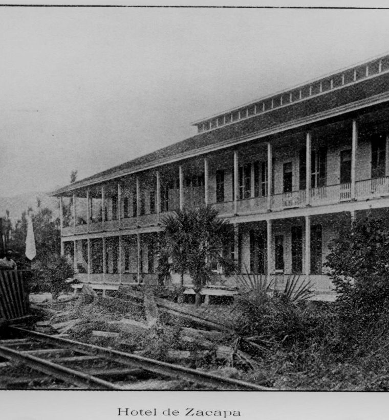 Hotel de Zacapa. Coleccio?n del Ferrocarril Interocea?nico (1898-1908). Muchos comerciantes se hospedaban en e?l. (Foto: Fototeca Guatemala CIRMA)