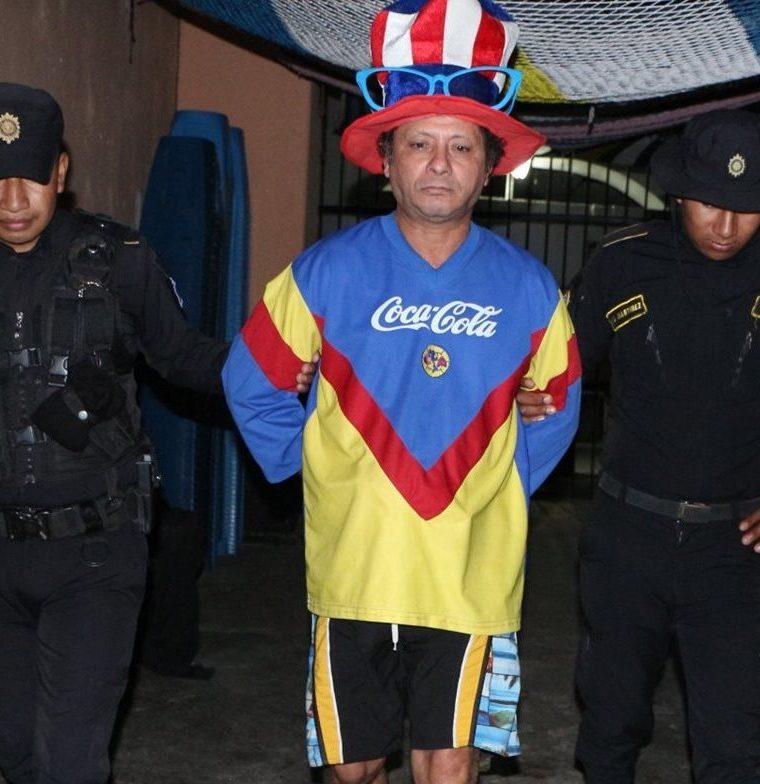 Cae nuevamente payaso que vendía droga en Jalapa. (Foto Prensa Libre: Hugo Oliva)