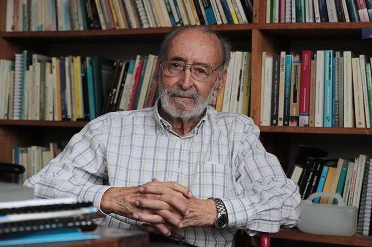 Edelberto Torres Rivas falleció este lunes. (Foto Prensa Libre: Hemeroteca PL)