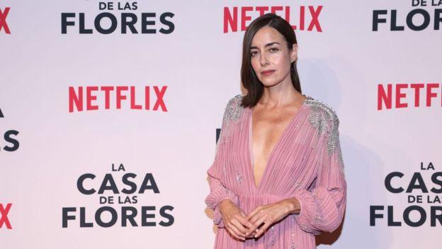 Cecilia Suárez interpreta el personaje de Paulina de la Mora en la serie La Casa de las Flores. (GETTY IMAGES)