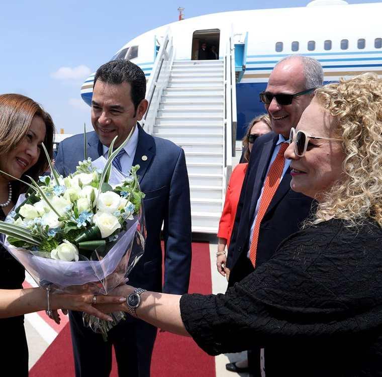 Los presidentes de los tres poderes del Estado viajaron en el avión privado, en un vuelo directo de Guatemala a Israel. (Foto Prensa Libre: Hemeroteca PL)