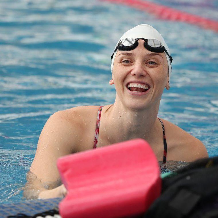 La Sirenita Dorada es  seleccionada de natación, se convirtió en la atleta más ganadora de oros en Juegos Centroamericanos. (Foto Prensa Libre: Fernando López R.)