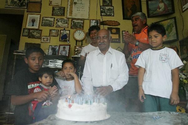 Doroteo Guamuch Flores estaría cumpliendo 93 años el 11 de febrero. (Foto Prensa Libre. Hemeroteca PL)