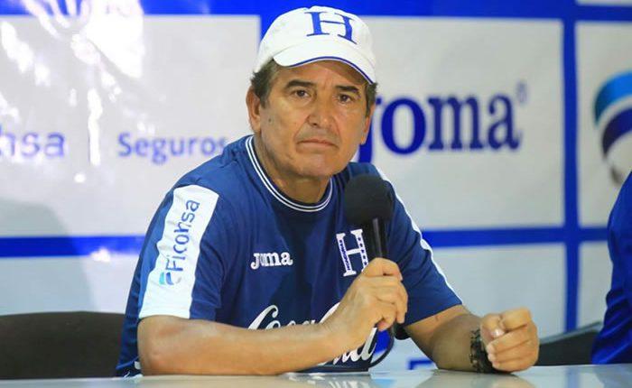 El técnico colombiano Jorge Luis Pinto dio la convocatoria de la selección de Honduras. (Foto Prensa Libre: Hemeroteca)