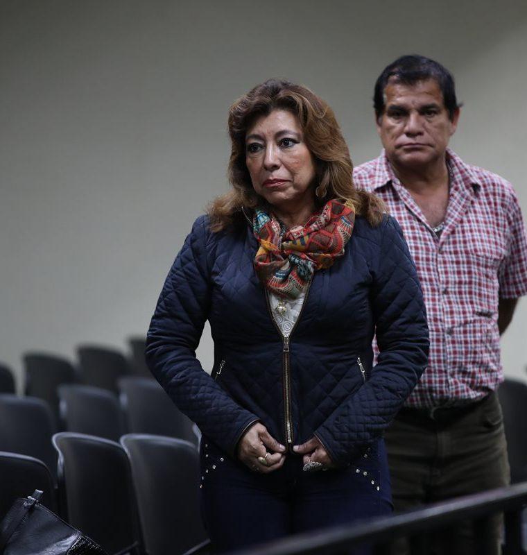 Anabella de León ya no pasará la Navidad y Año Nuevo en su vivienda. (Foto Prensa Libre: Paulo Raquec).
