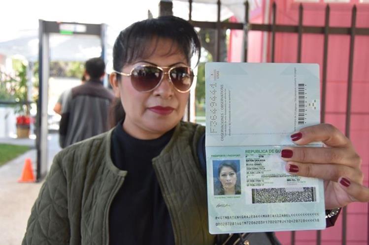 Guatemaltecos en el extranjero podrán seguir tramitando pasaporte con una certificación de nacimiento