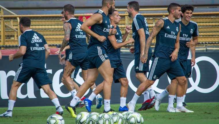 Los jugadores del Real Madrid, durante la práctica de este jueves, en Miami. (Foto Prensa Libre: EFE)