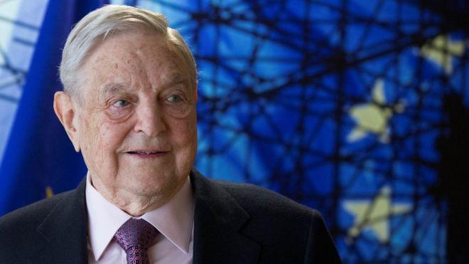Quién es el magnate George Soros y por qué es blanco del odio de la ultraderecha de EE. UU. (y de otros países)
