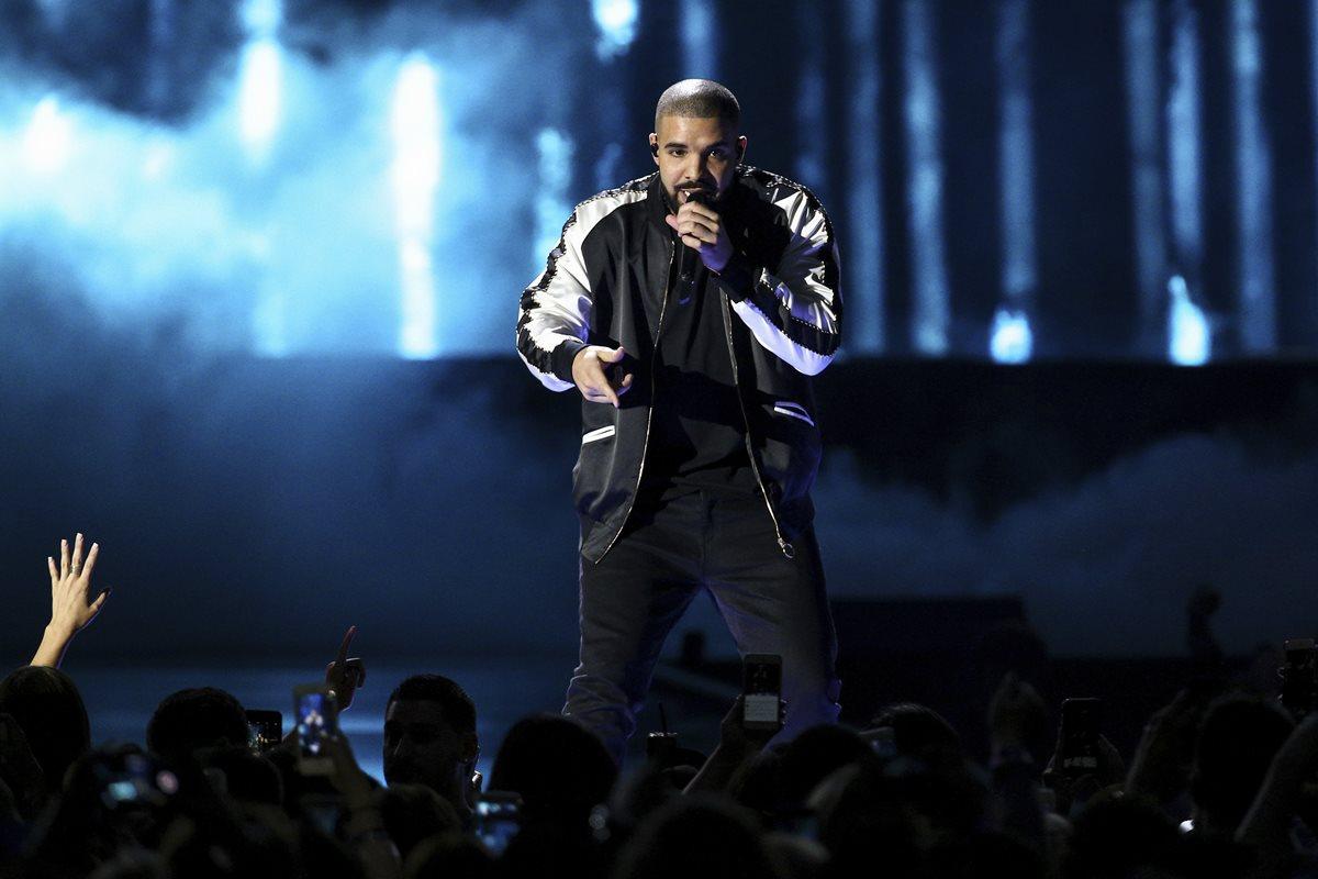 Drake es el favorito para reinar en los AMA's