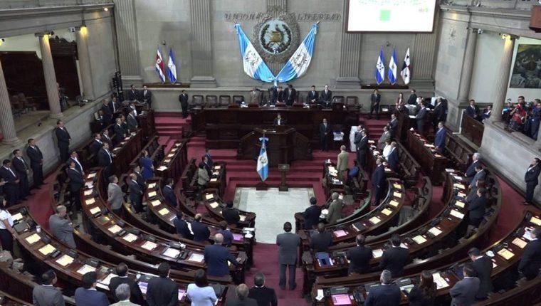La sesión plenaria realizada este martes no tuvo grandes avances legislativos. (Foto Prensa Libre: Congreso)